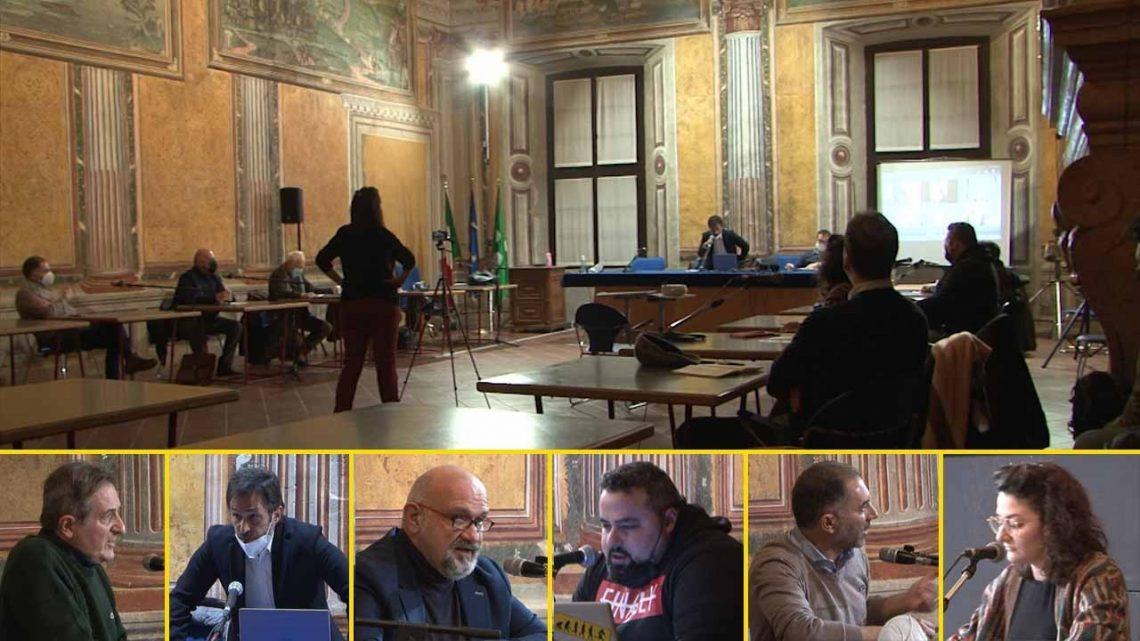 Consiglio comunale, toni accesi tra maggioranza e minoranza