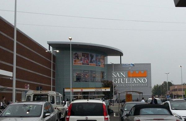 San Giuliano, Ceetrus Nhood: al parcheggio del centro commerciale tamponi rapidi