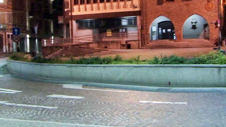 Melegnano, da Forza Italia no all'abbattimento della fioriera di piazza Risorgimento