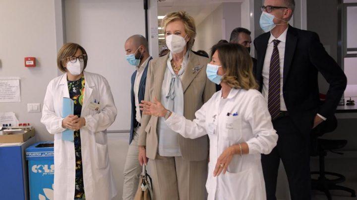 Letizia Moratti in visita all' Ospedale Predabissi
